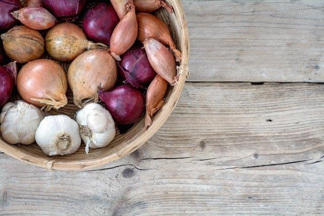 5 Benefícios do alho para a saúde e Como usar
